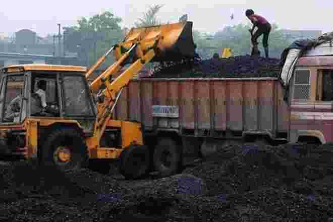 5年来印度的煤炭产量增加了164.58吨;去年234吨煤炭进口
