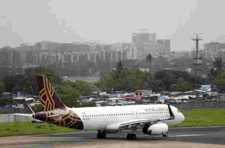 报告说,没有迪拜,卡塔尔和新加坡的迪拜,卡塔尔和新加坡的新飞行权利
