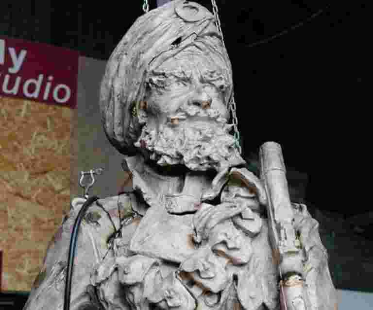 新英国雕塑来纪念印度士兵