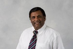 报告称,美国在美国使用来自印度的学生作为仆人的印度教授